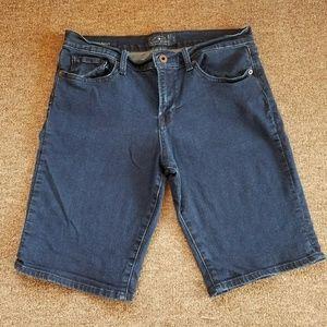Lucky Brand denim jean bermuda shorts